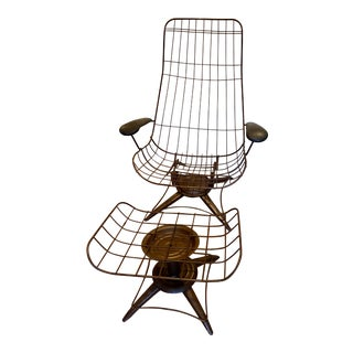 1960s Mid-Century Modern Homecrest Wire Swivel Lounge Chair and Ottoman Frames For Sale