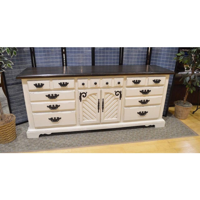 Thomasville Shabby Cottage Chic Dresser - Image 7 of 11