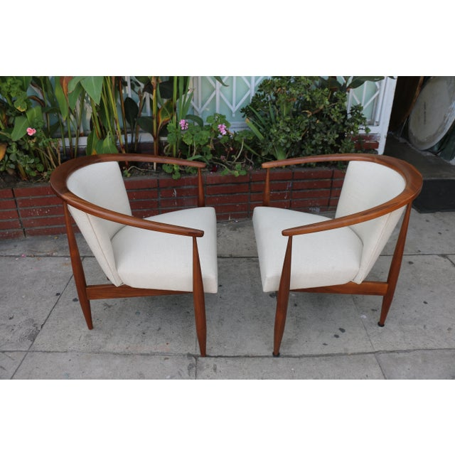 Walnut Kodawood Lounge Chairs - a Pair For Sale - Image 7 of 11