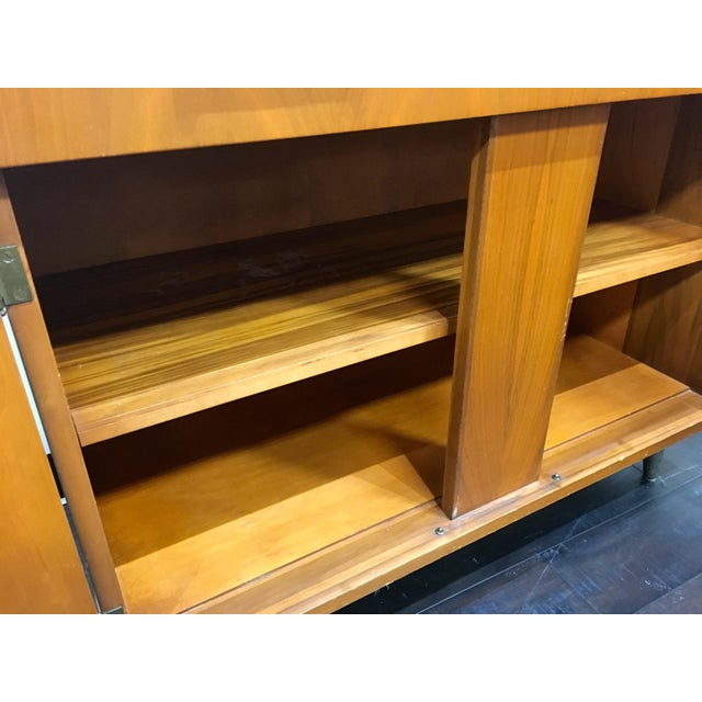 Brown Mid Century Modern Craddock China Cabinet Hutch For Sale - Image 8 of 12