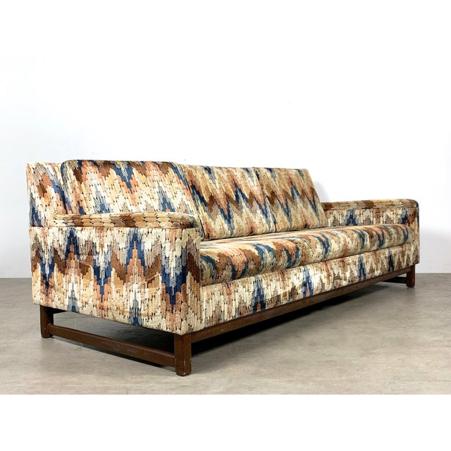 1960s Vintage Zig Zag Velvet Sofa in the Style of Harvey Probber For Sale - Image 11 of 11
