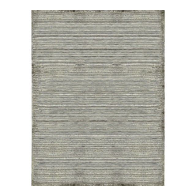 Contemporary Hand Woven Rug - 9'2 X 12'2 For Sale