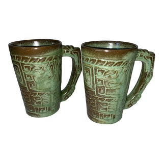 Mid 20th Century Mayan Aztec Prairie Green Frankoma Embossed Glaze Mugs - a Pair For Sale