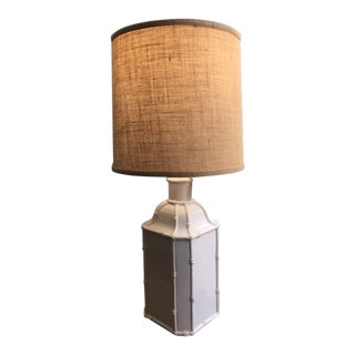 Chinoiserie White Ceramic Bamboo Style Table Lamp For Sale