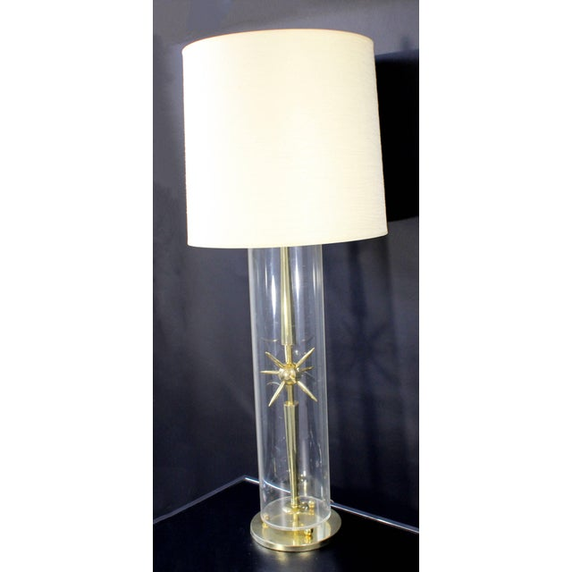 Mid-Century Modern 1950s Mid-Century Modern Mutual Sunset Co. Sputnik Atomic Glass & Brass Table Lamp For Sale - Image 3 of 10