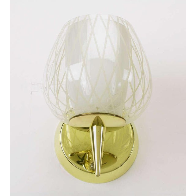 Metal Pair of Gerald Thurston for Lightolier Etched Glass and Brass Sconces For Sale - Image 7 of 11