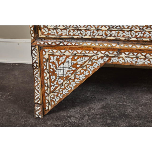 Mother-of-Pearl 19th Century Syrian Inlaid Wedding Chest For Sale - Image 7 of 10