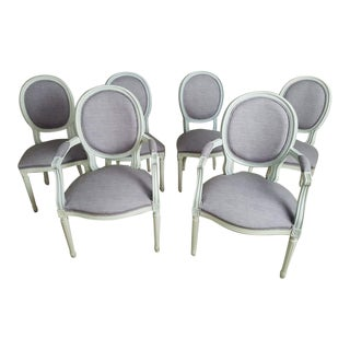 Set of 6 Louis XVI French Medallion Dove Gray Reupholstered Dining Chairs 2 Armchairs 4 Side Chairs For Sale