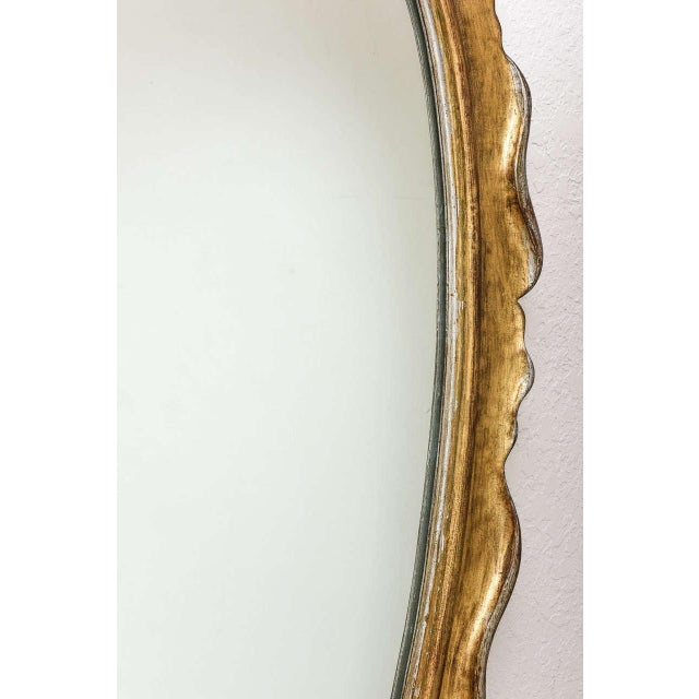 1950s Hollywood Regency Style Gold and Silver Gilt-Wood Mirror For Sale - Image 5 of 10