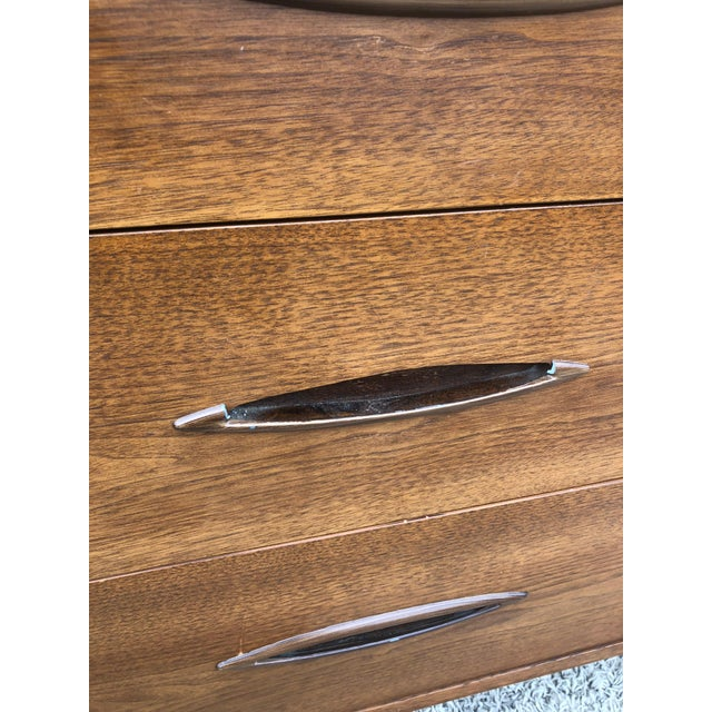 1960s Mid Century Modern Highboy Dresser Sculptura by Broyhill For Sale - Image 5 of 13