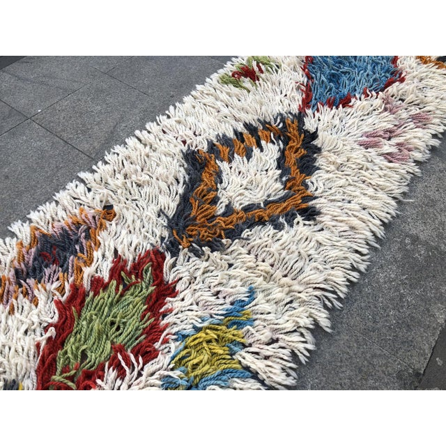 1970s Vintage Hand-Knotted Turkish Runner Rug - 2′9″ × 12′ For Sale - Image 10 of 11