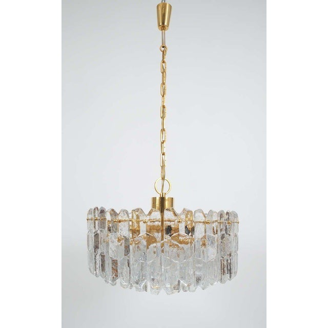 J.T. Kalmar Gold Brass Tiered Crystal Glass Chandelier Palazzo Lamp, circa 1960 For Sale - Image 10 of 10