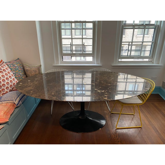 Eero Saarinen for Knoll Dining Table in Black Marble For Sale - Image 11 of 11