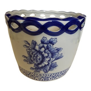 Chinese Pottery Blue and White Flower Cachepot For Sale
