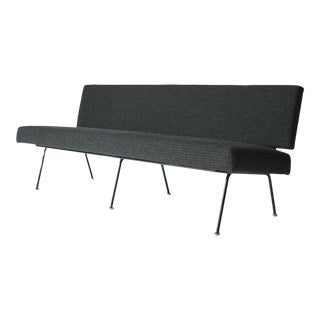 Florence Knoll Sofa Model #32 For Sale
