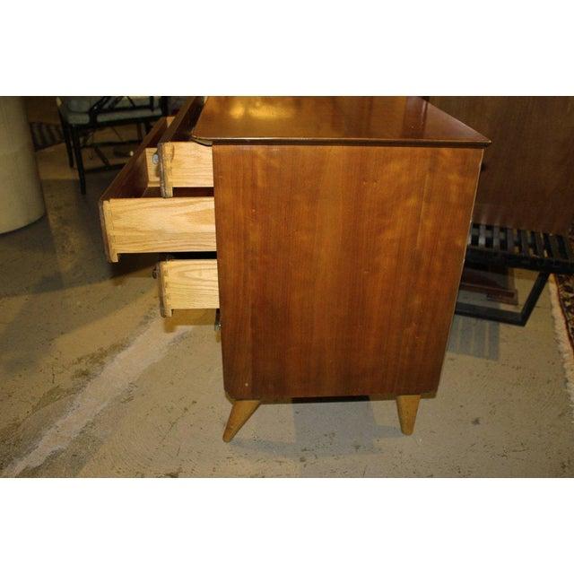 1950s Mid-Century Modern Renzo Rutili for John Stuart Cherrywood Dresser For Sale In New York - Image 6 of 11