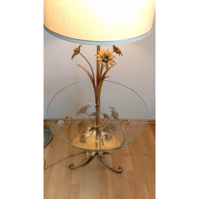 Italian Toleware Gilded Flower Floor Lamp Table For Sale In Los Angeles - Image 6 of 9