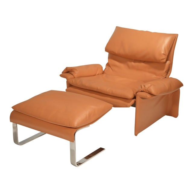 1970s Vintage Giovanni Offredi for Saporiti Lounge Chair and Ottoman For Sale