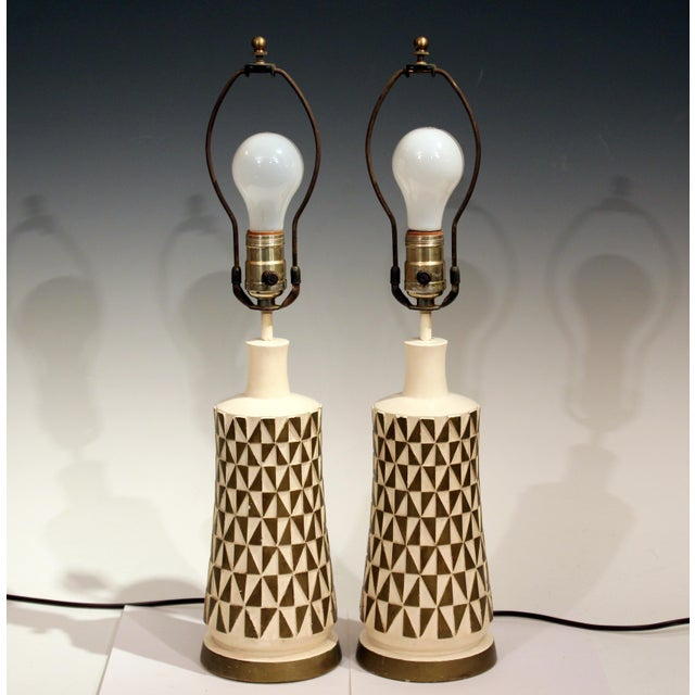 1960s Vintage Faip Mid-Century Modern Geometric Plaster Chalkware Table Lamps - a Pair For Sale - Image 11 of 11
