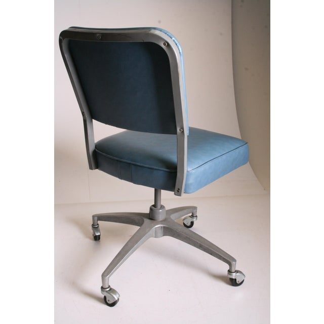 Mid Century Modern Blue Vinyl Swivel Office Chair - Image 4 of 11