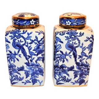 Blue and White Botanical Chelsea Bird Tea Caddy Jars - a Pair For Sale
