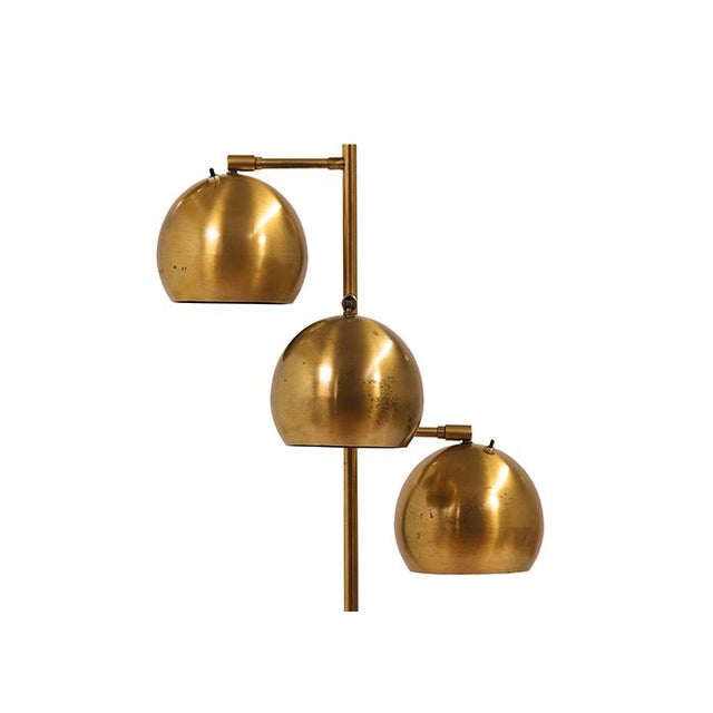 This vintage Mid-Century Koch & Lowy brass floor lamp is a total babe! Circa USA 1960s. This floor lamp is made of solid...