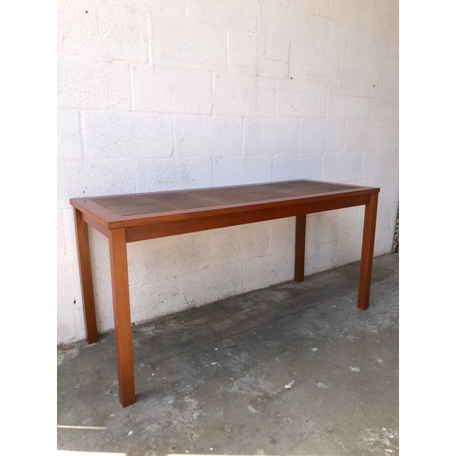 Vintage Mid Century Danish Modern Tile Top Console Table. C 1980s. It Features Clean lines with a Textured Tile Top inlay...