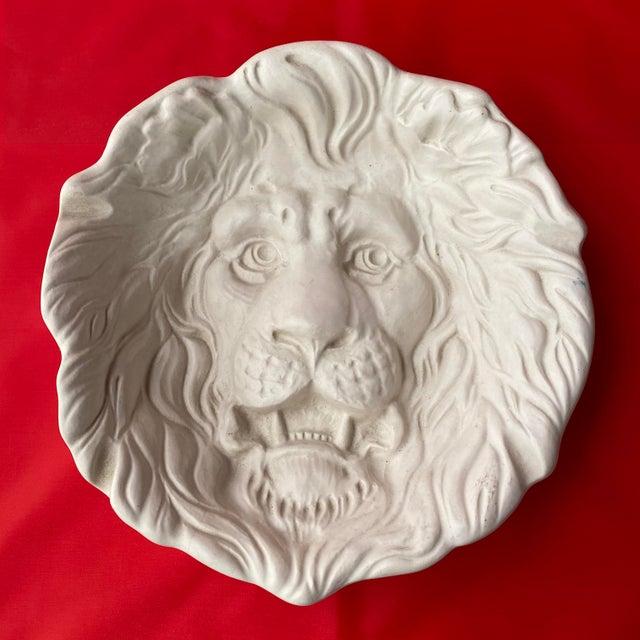 Haeger Lion Head Plate #2122 White Ecru Egg Shell Wall Art For Sale - Image 13 of 13
