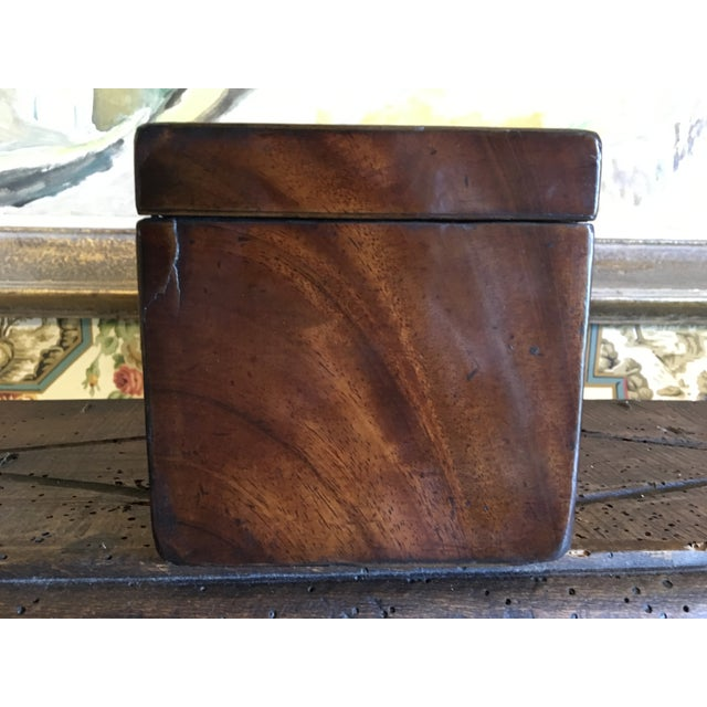 Early 19th Century 1800 English Regency Flamed Mahogany Double Tea Caddy For Sale - Image 5 of 12