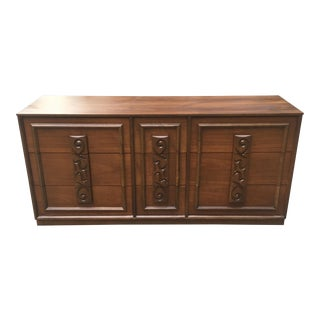 1960s Mid Century Modern Mayan Furniture Line by Bassett 9 Drawer Lowboy Dresser For Sale