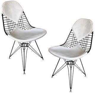 Charles Eames White Dkr Bikini Chair for Herman Miller, Pair For Sale