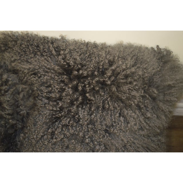 """24"""" X 24"""" Grey Curly Lamb's Wool Skin Decorative Pillows - a Pair For Sale - Image 4 of 9"""