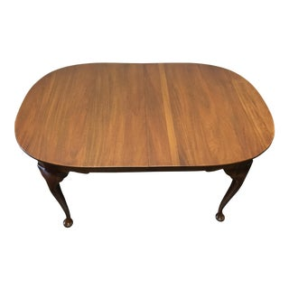 Refinished Henkel Harris Solid Mahogany Queen Anne Dining Table For Sale