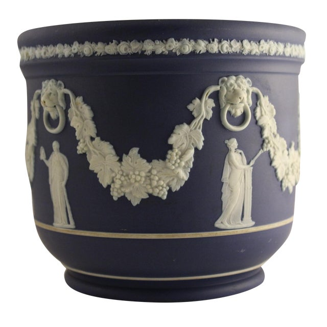 Large Antique Wedgwood Jasper Dip Cache Pot - Image 1 of 5