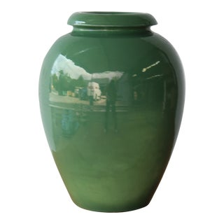 Early 1930s Bauer, Los Angeles California Pottery Oil Jar For Sale
