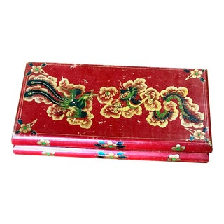 Chinoiserie Large, Painted Lacquer Box For Sale