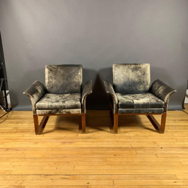 Animal Skin Pair of Danish 1960s Faded Black Leather Lounge Chairs For Sale - Image 7 of 13