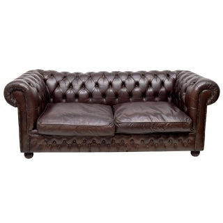 English Vintage Leather Chesterfield Sofa For Sale