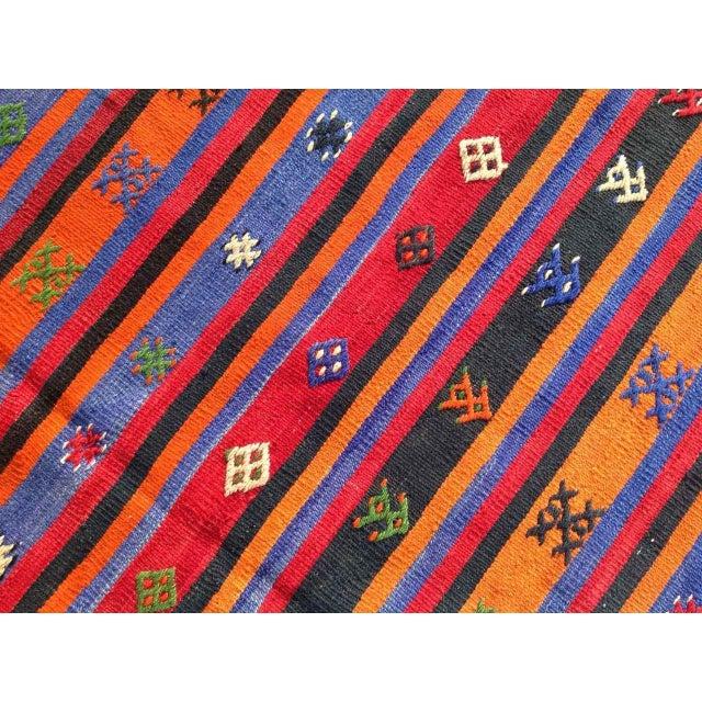 """Vintage Orange Turkish Kilim Rug, 5' 7"""" x 7' 7"""" - Image 4 of 6"""