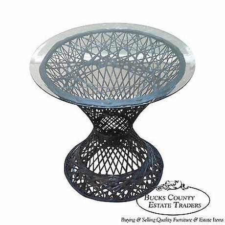 Russell Woodard Vintage Spun Fiberglass Patio Side Table W/ Round Glass Top For Sale - Image 13 of 13