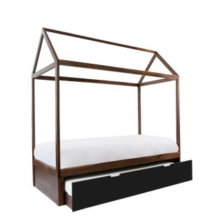 Domo Zen Full Trundle Canopy Bed in Walnut With Black Finish For Sale