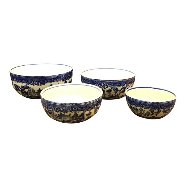 Blue Willow Nesting Bowls - Set of 4 For Sale