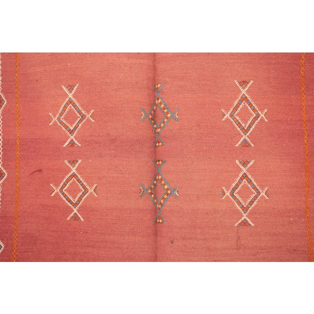 "Type of Rug : Aknif Dimensions : 3'7"" x 7'1"" feet / 108 x 216 cm Country of Origin : Morocco Material : 100% wool Pile:..."