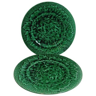 19th Century Victorian Green Majolica Leaves Plates - a Pair For Sale