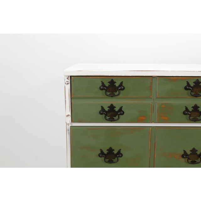 Pair of Mid-Century 3-Drawers Nightstands, Provincial Nightstands For Sale In Miami - Image 6 of 11
