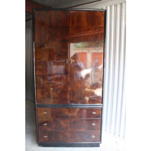 Veneer Henredon Scene Three Burled Wood Linen Press For Sale - Image 7 of 7