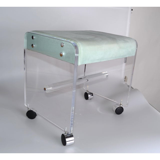 Mid-Century Modern Mid-Century Modern Lucite Stool On Casters For Sale - Image 3 of 10