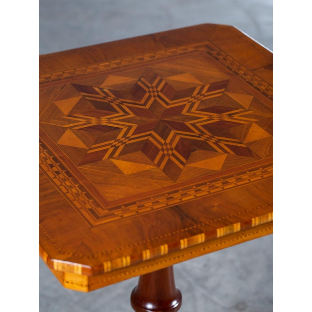 """Anglo-Indian Antique 1880s Italian """"Sorrento"""" Inlaid Table For Sale - Image 3 of 13"""