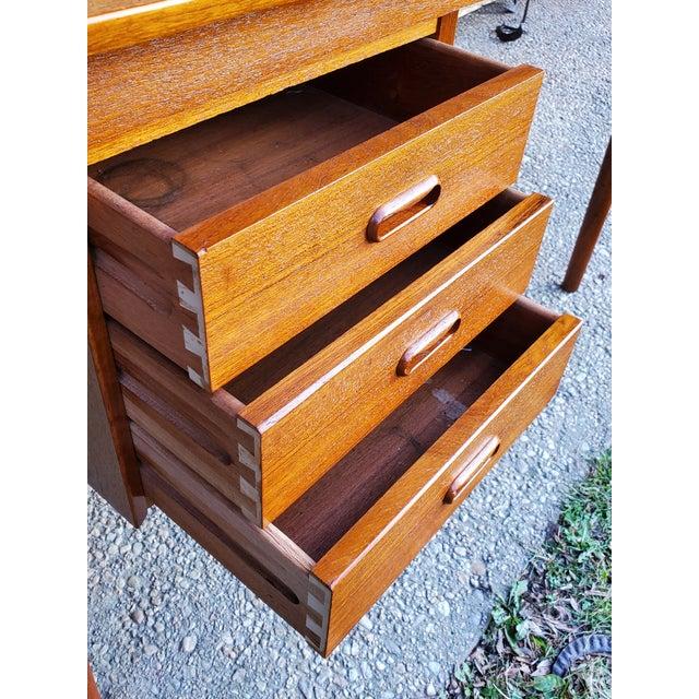 Wood 1950s Midcentury Danish Modern Arne Vodder Danish Teak Drop Leaf Desk For Sale - Image 7 of 13
