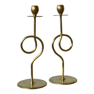 Vintage Mason Regulator Co Loop Brass Candle Holders, a Pair, Circa 1960s For Sale
